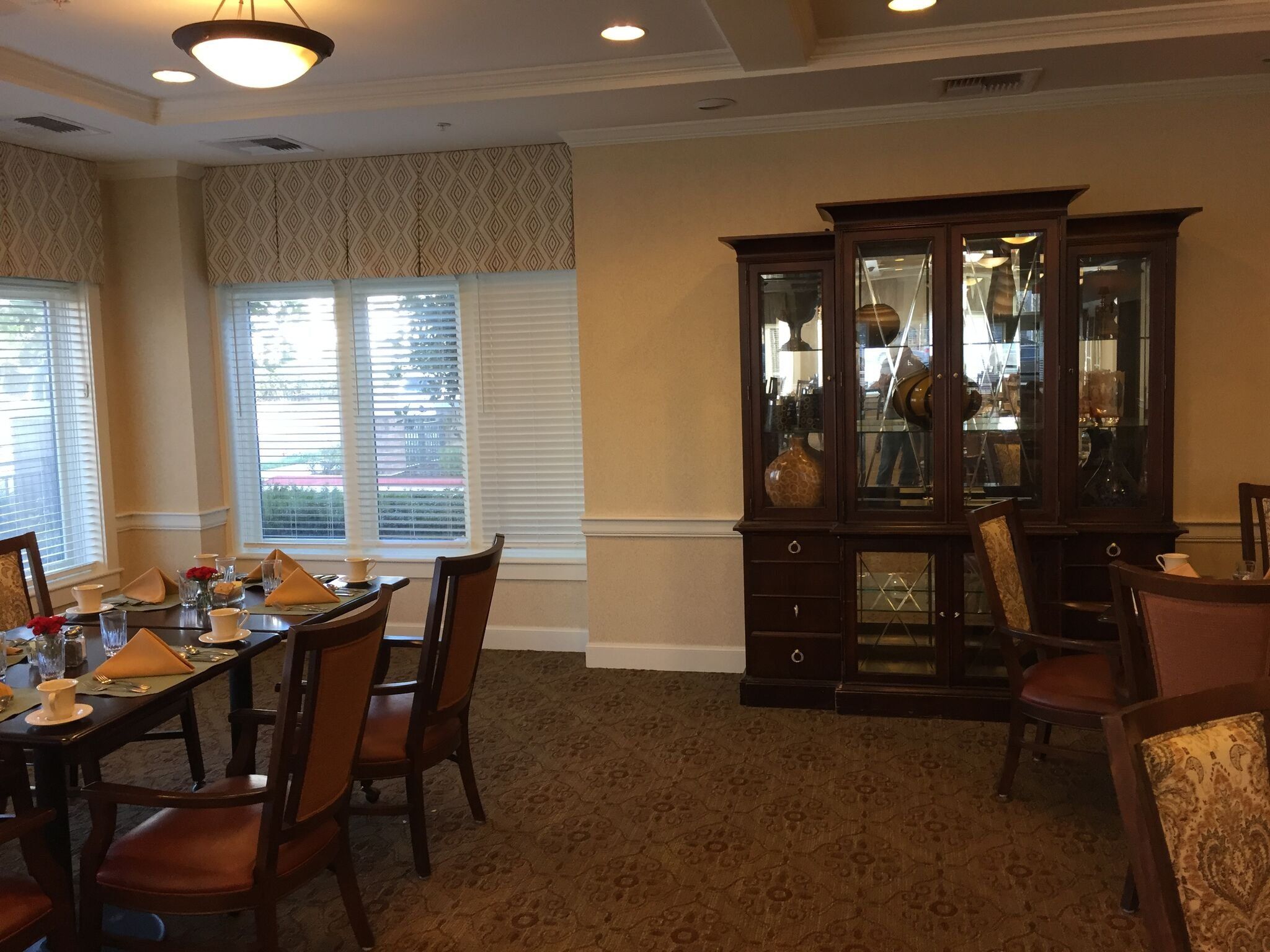Sunrise Senior Living wallcovering san francisco bay area commercial wallcoverings fairfield vacaville ca